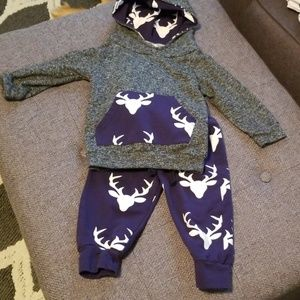 Other - 2 piece gray and Navy Deer outfit size 80